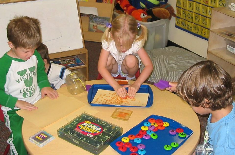 children learning early literacy skills at a Preschool & Daycare Serving San Antonio, TX